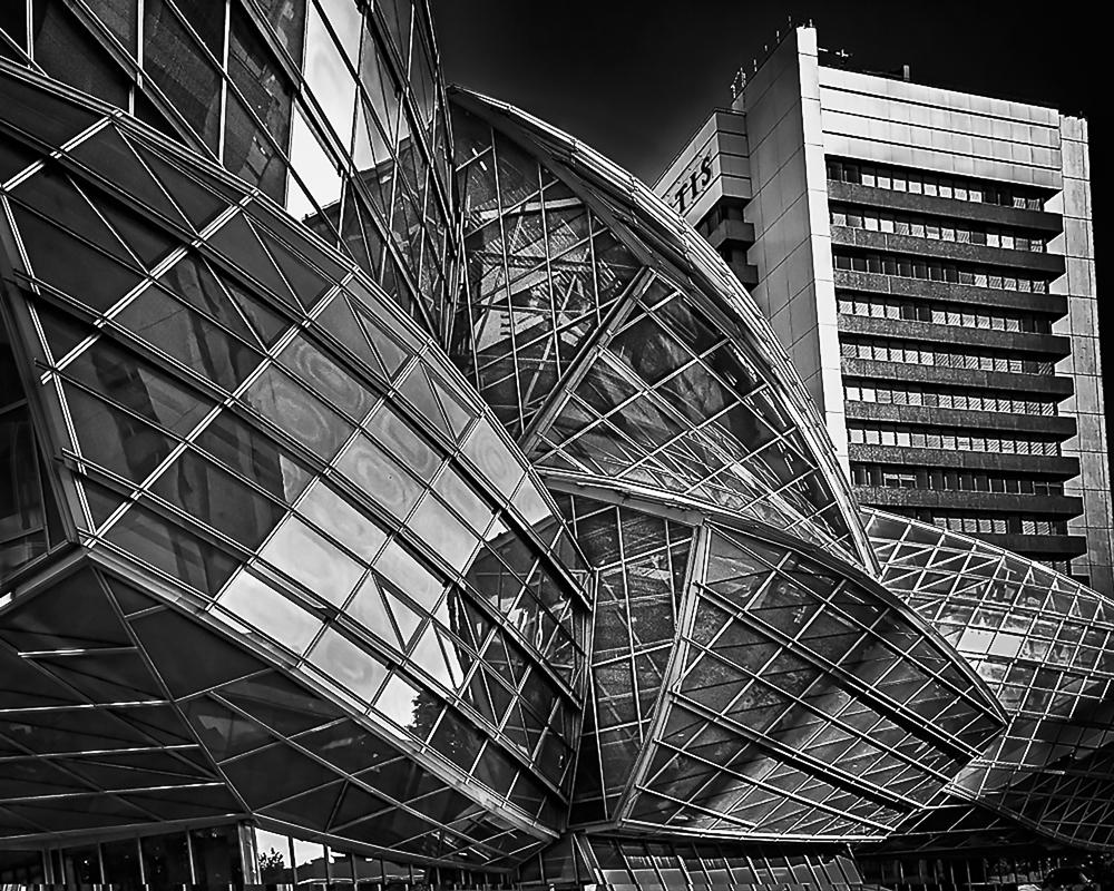 "Paul Marvuglio's piece ""Gehry Curves"""