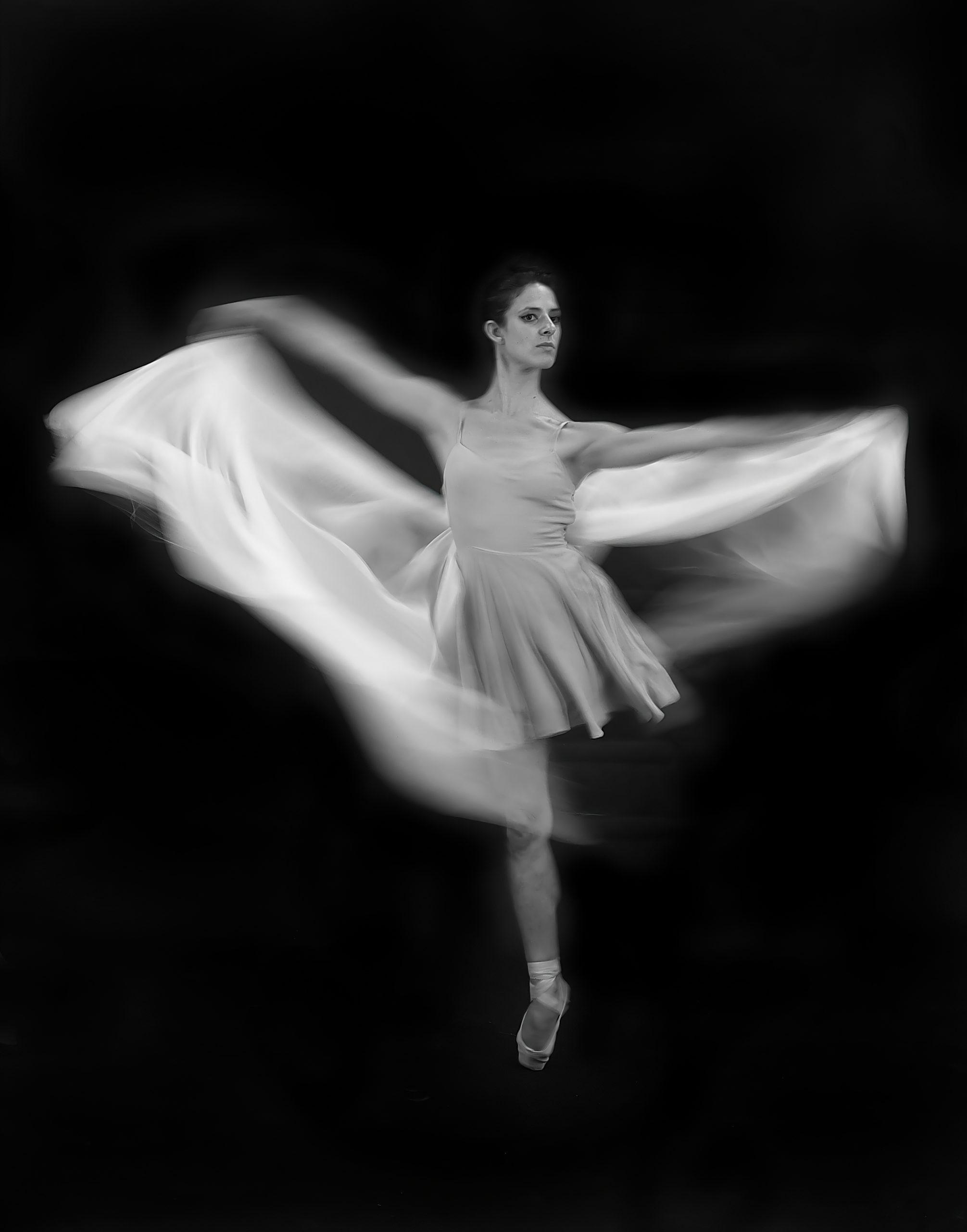 """image of Marv Kaminsky's piece """"Pirouette"""""""